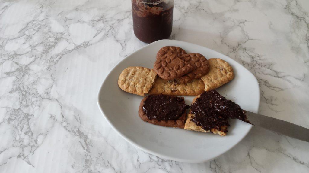 domowy krem orzechowo-czekoladowy