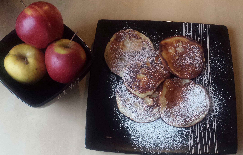 Chrupiące racuchy z jabłkami wg przepisu Karola Okrasy