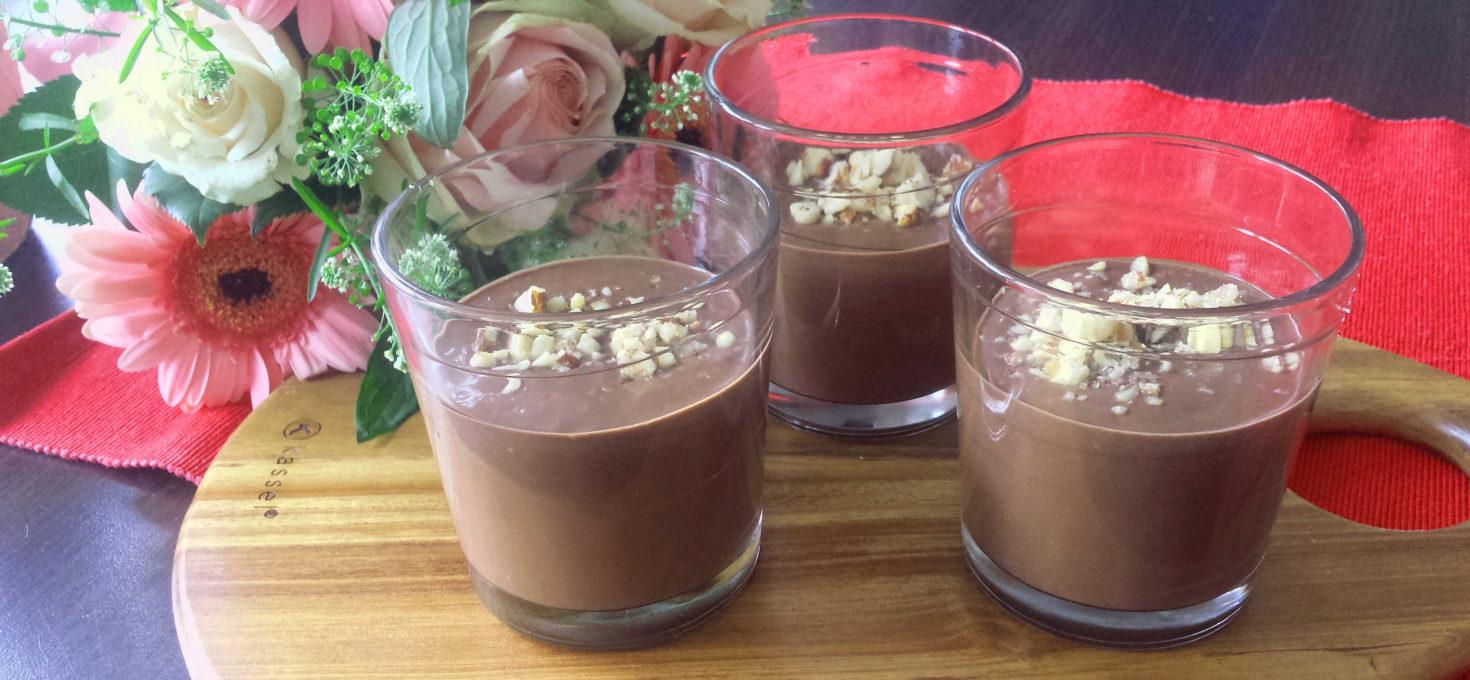 Mus czekoladowy z awokado bez cukru