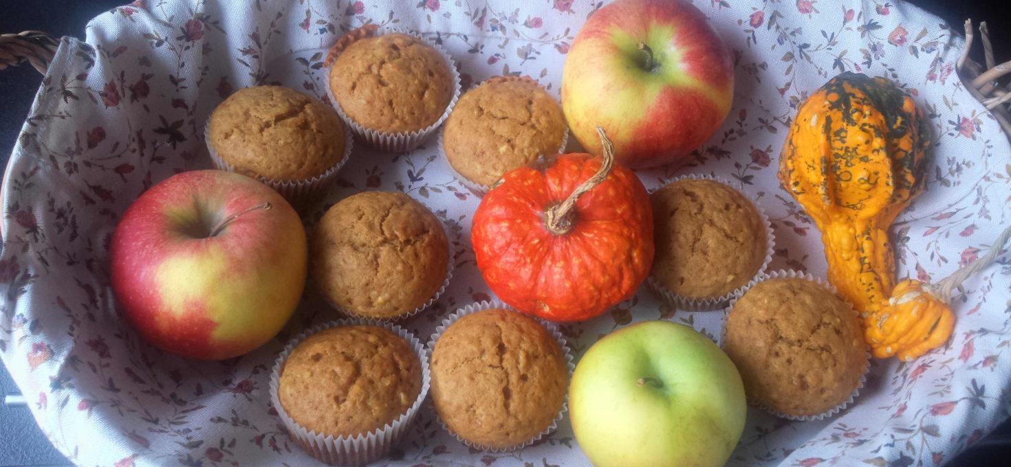 Babeczki dyniowe z jabłkiem i cynamonem