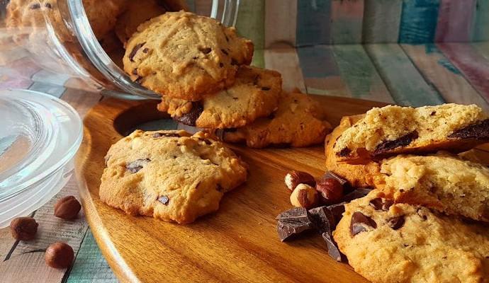 Ciasteczka z kawałkami czekolady – przepis babci Phoebe